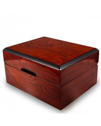 raudonmedžio dėžė dovanai